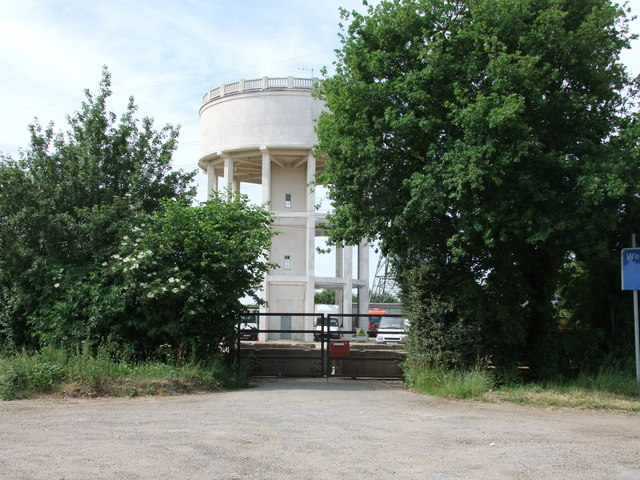 Water tower, Lanham Green