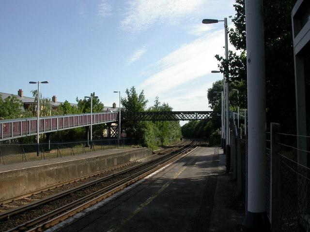Swaythling Station, footbridge