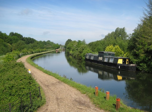 Grand Union Canal near Chaulden