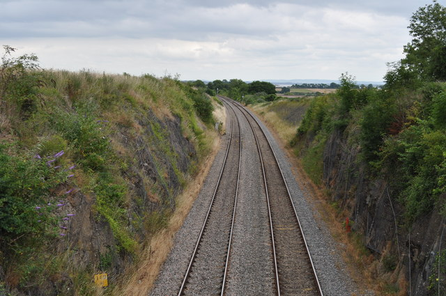 Looking along the railway from Snipehill bridge, towards Lydney