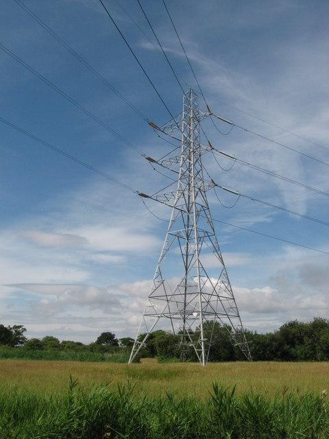 Pylon near Marshfield