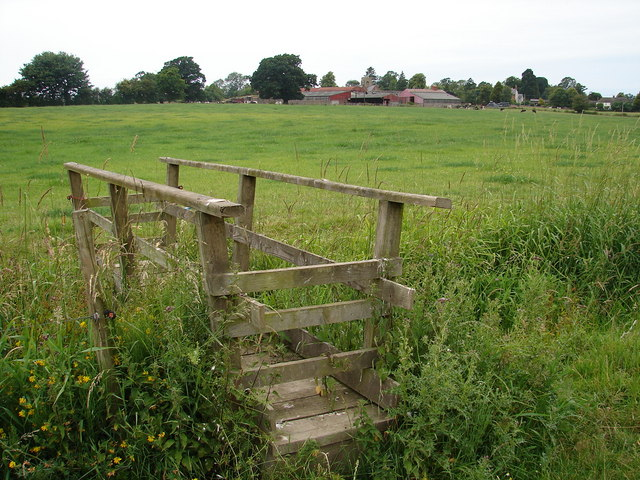 Footbridge on the footpath