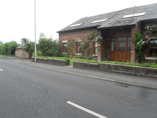 Converted Barn - Hall Cross