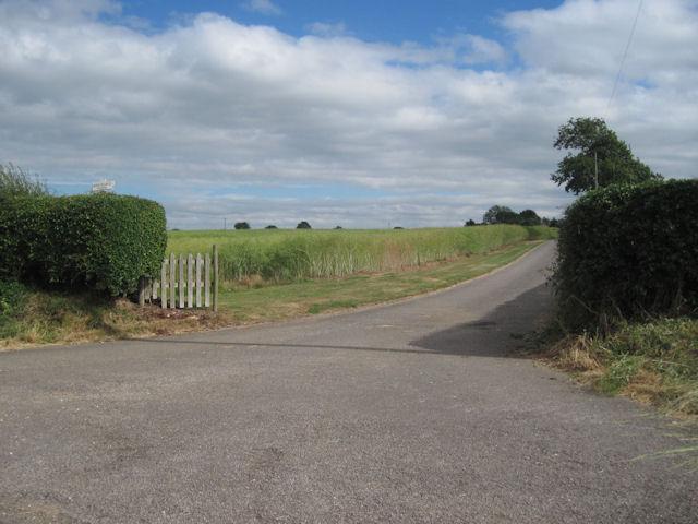 Entrance to Binghams Farm