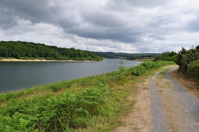 Exmoor : Wimbleball Lake & Footpath