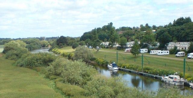 Caravan site south of Worcester