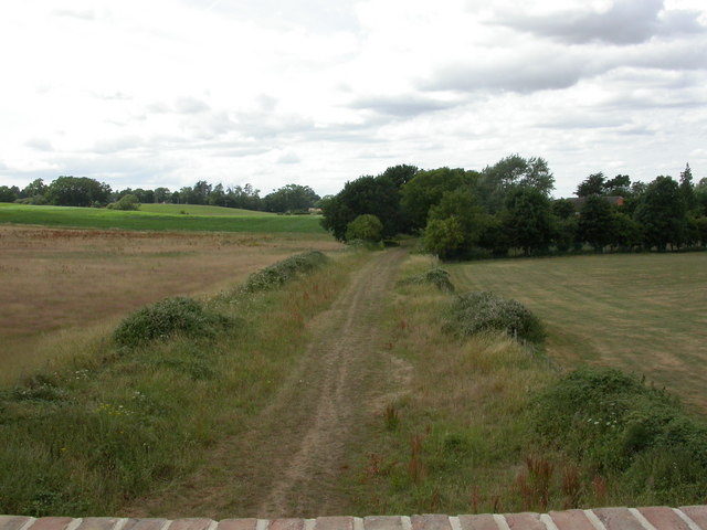 Corfe Mullen, railway trackbed