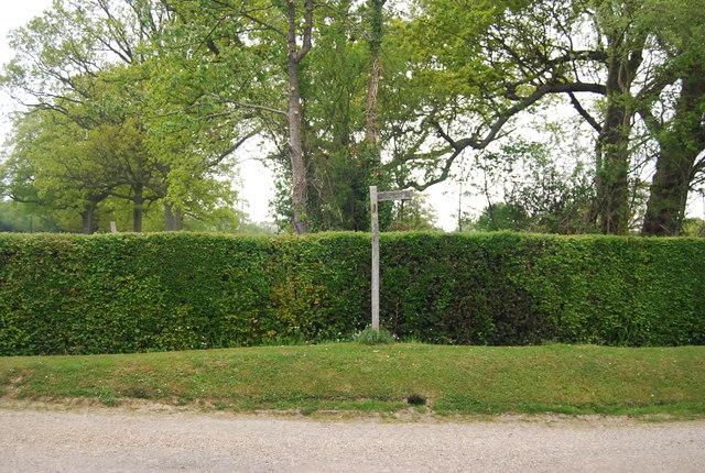 Sussex Border Path signpost, Broadhurst Manor