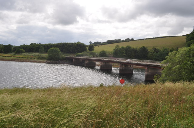 Exmoor : Bessom Bridge over Wimbleball Lake