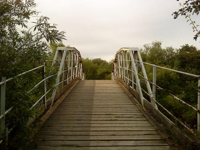 Footbridge over the Gravel Pits