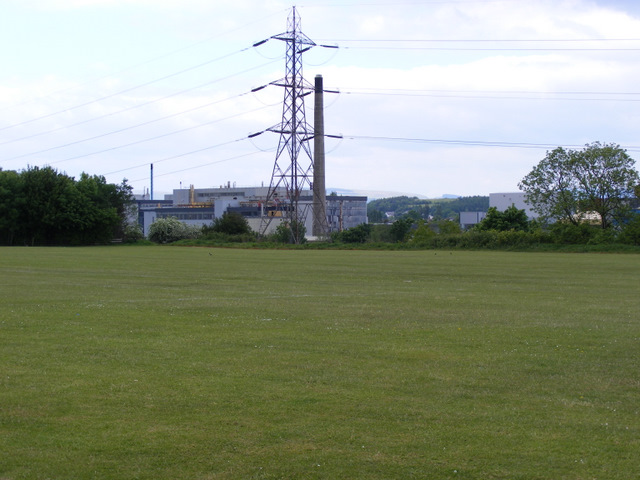 Pylon and chimney