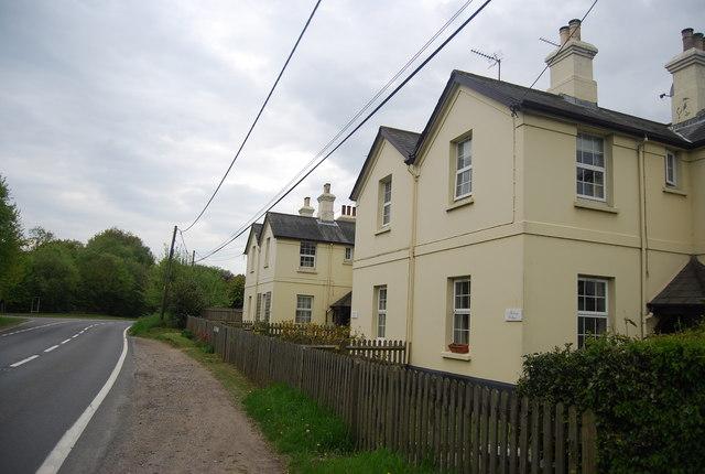 Railway Cottages, A275