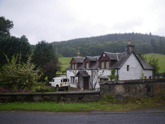 White house along the road to Dalguise