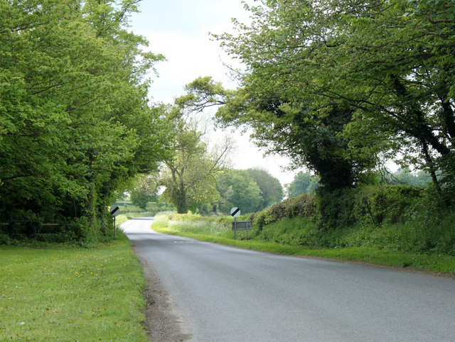 2010 : Minor road west out of Grittleton