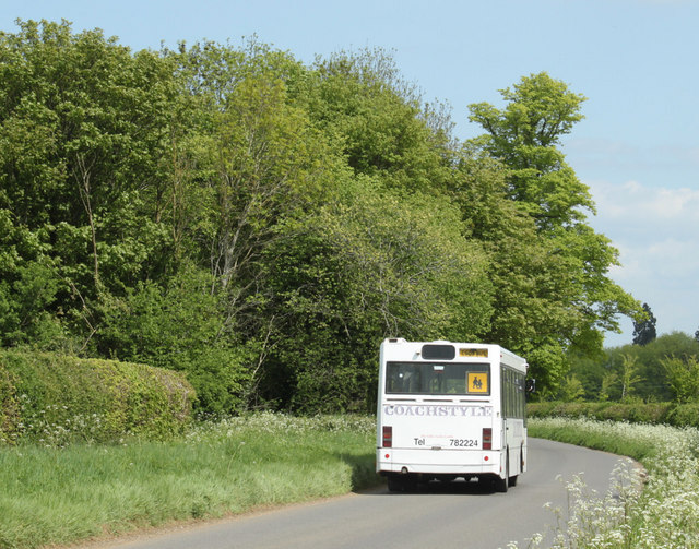 2010 : School bus on the way to Grittleton