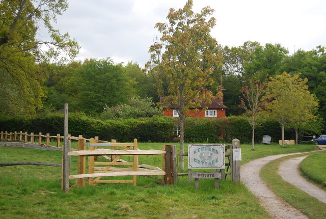 Kissing gate on the Sussex Ouse Valley Way near Keepers Cottage