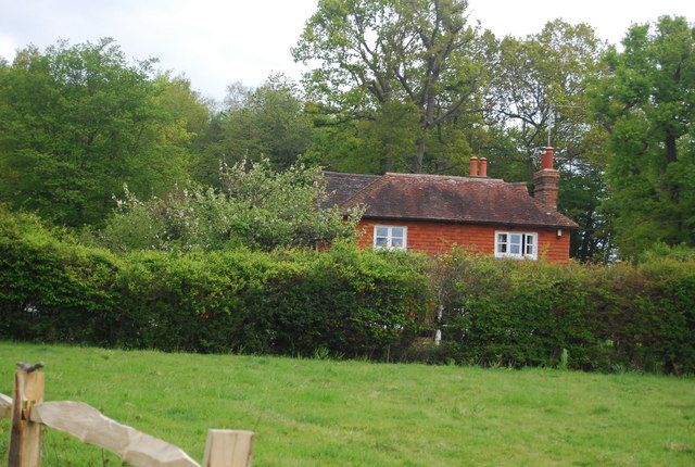 Keepers Cottage, Wapsbourne Manor