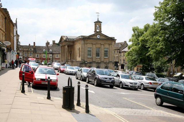 High Street and car park Chipping Norton