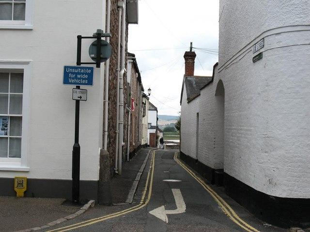 Topsham: Exe Street
