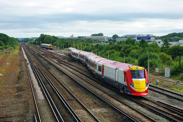 Gatwick Express enters sidings, Gatwick