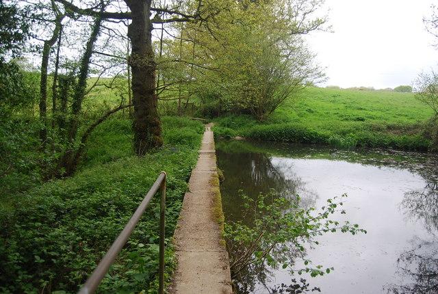 Sussex Border Path crosses a small dam, Long PLantation