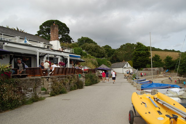 Pub at Helford Passage