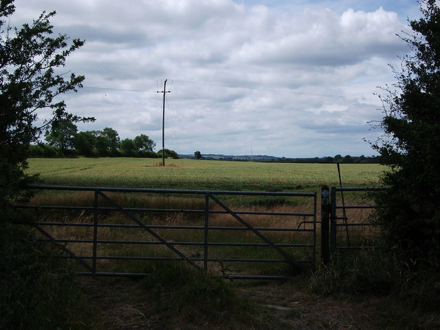 Start of bridleway to Wormleighton