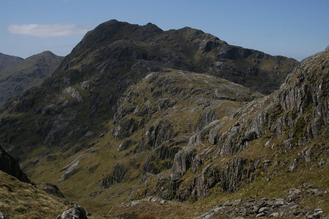 Crags overlooking Bealach na h-Eanglair