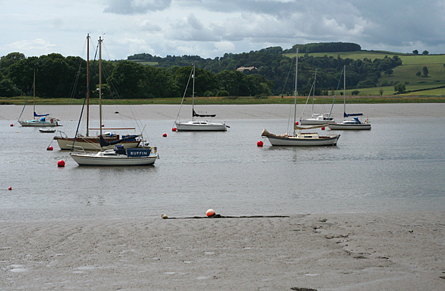 Bere Ferrers: Tamar at Hole's Hole