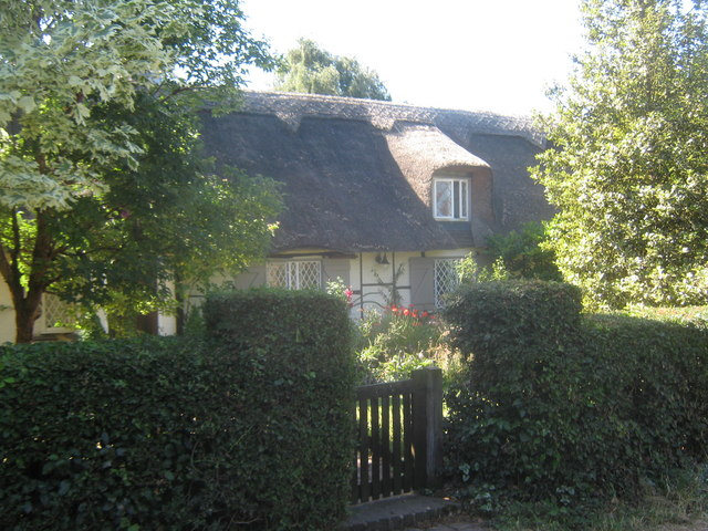 Thatched cottage in Broad Oak
