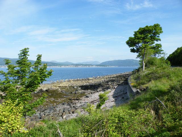 Sea wall at Cloch Road