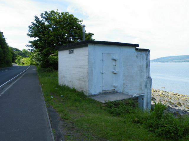 Pillbox near Cloch Lighthouse