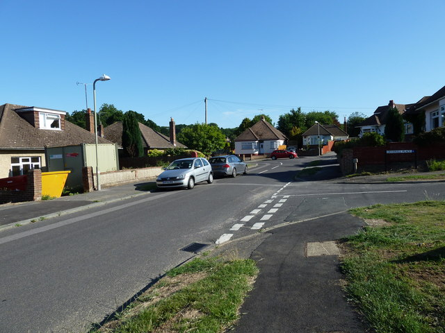 Junction of Lone Valley and Deverell Place