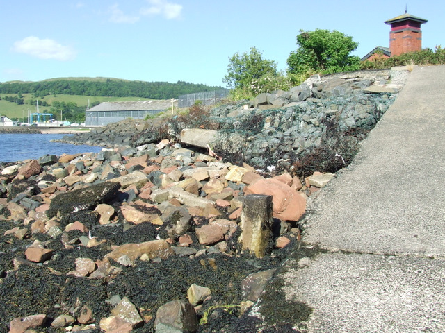Remains of Fairlie Pier