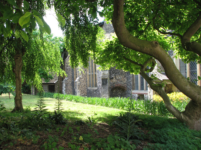 The church of SS Simon and Jude - churchyard