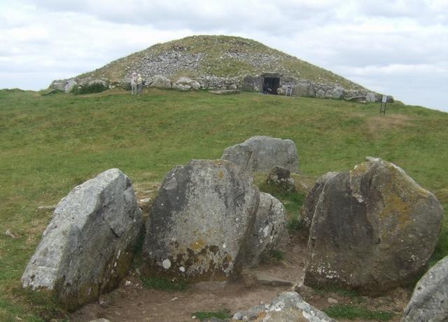 Loughcrew cairns on Slieve na Calliagh
