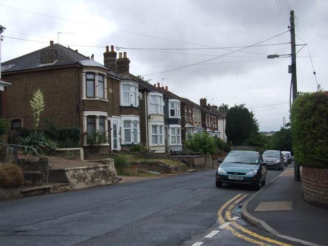 Vicarage Road, Halling