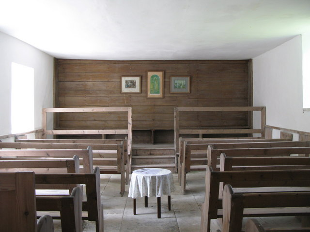 Coanwood Friends' Meeting House - interior