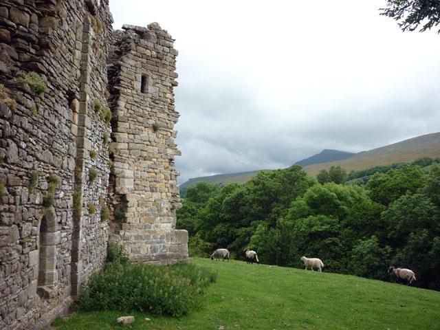 The garderobe tower, Pendragon Castle