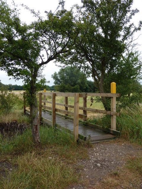Footbridge on the path to Eaton