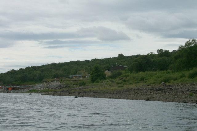 Loch Shin's untrodden shoreline.