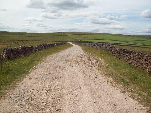 Track near the Limestone Way