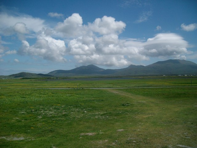 Hecla and Beinn Mhor from the Machair