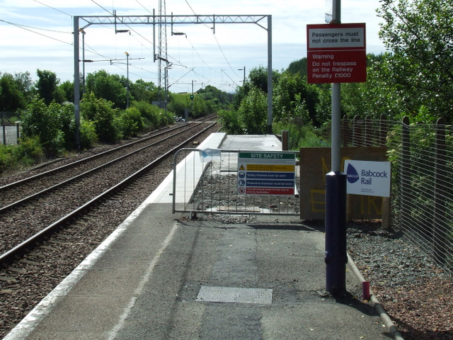 Platform extension work at Bishopton