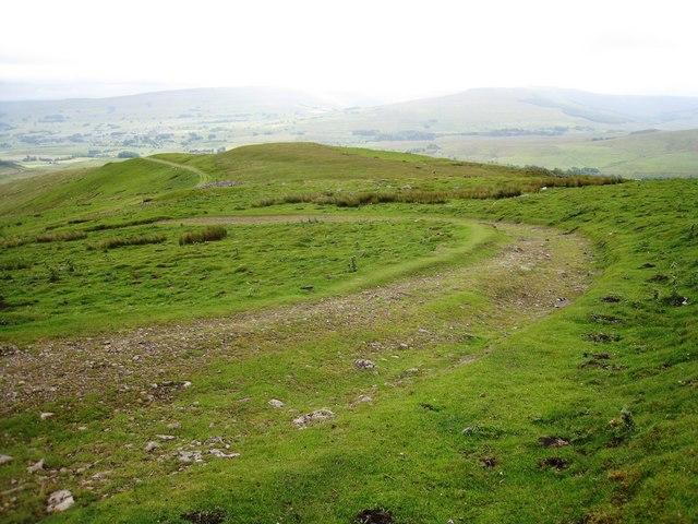 Pennine Way near Hearne Top