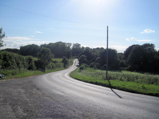 Road past entrance to Rectory Farm