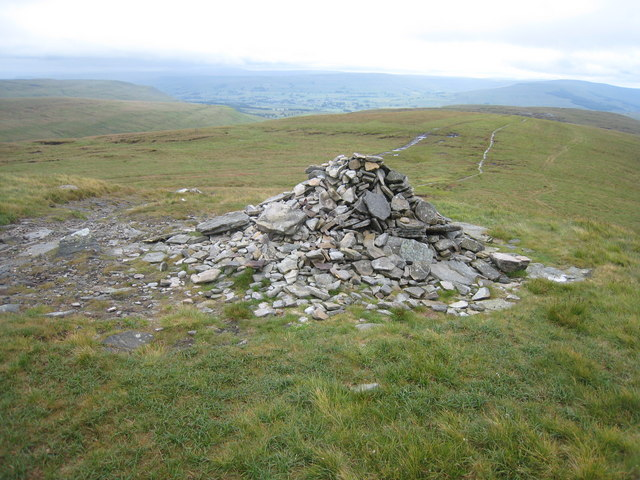 Pile of stones at Crag End Beacon