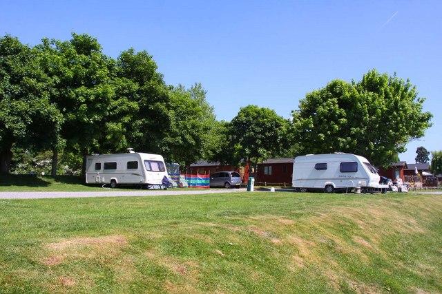 Caravan Park by the Thames