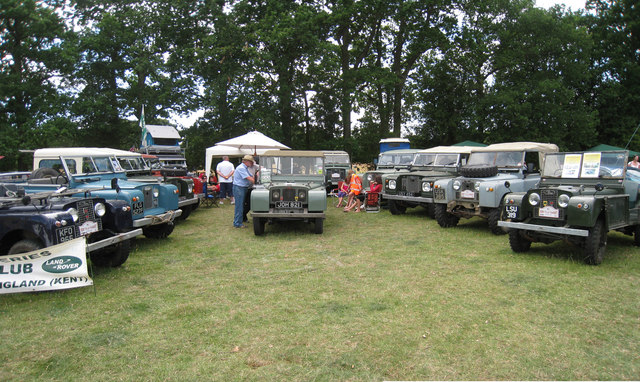 Land Rovers at Darling Buds Classic Car Show