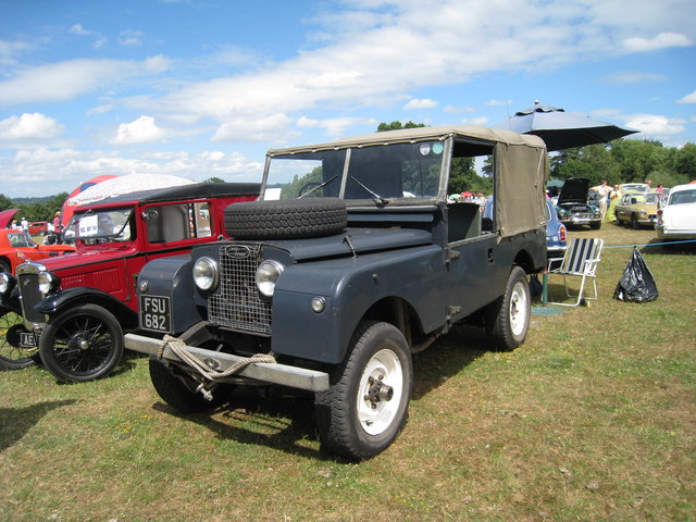Series 1 Land Rover at Darling Buds Classic Car Show